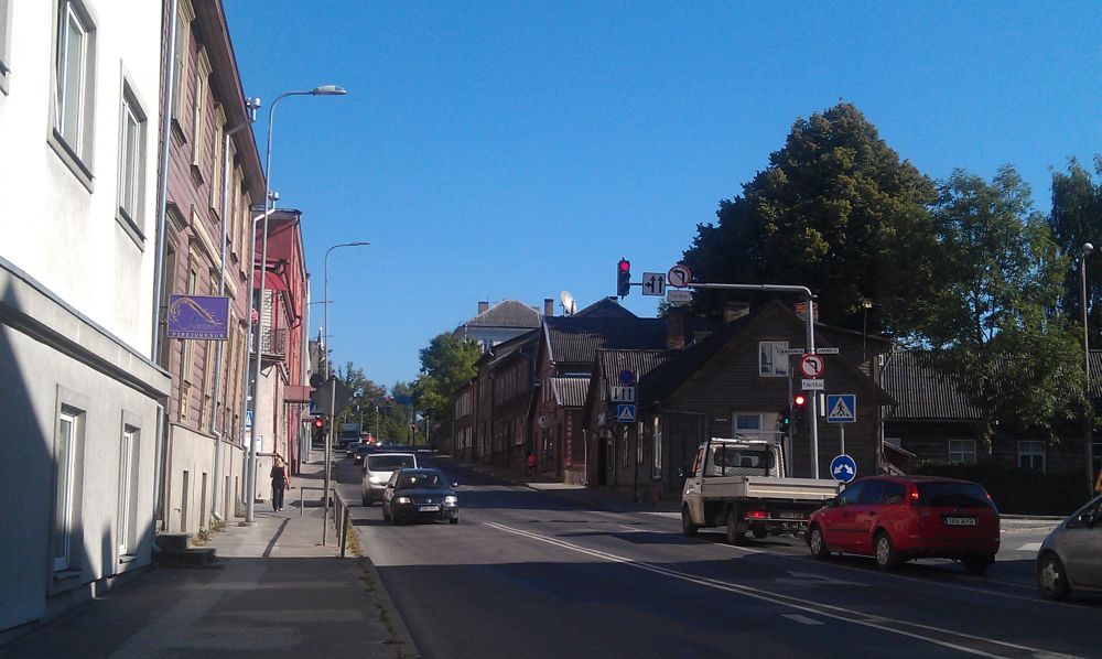Narva maantee. Narva street