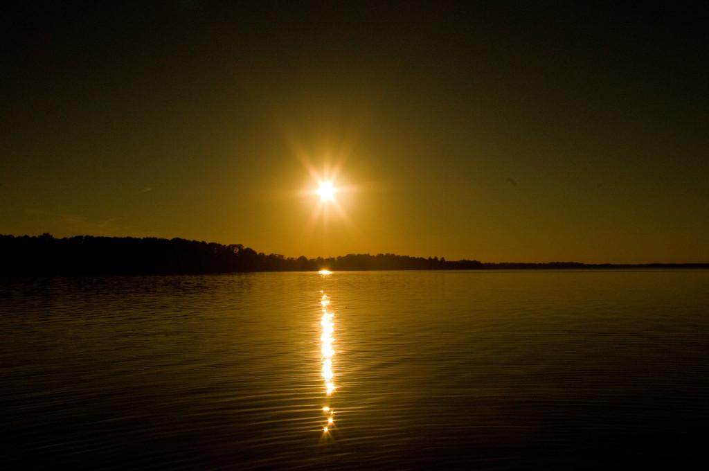 Täht-Päike. Star-Sun
